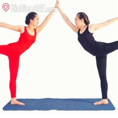 Sunday Yoga Club - Vương Thừa Vũ